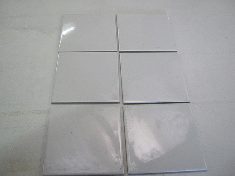 0007 Blank hvid Glaseret Vægfliser - 15x15cm 16 m² - Kr.50/m²