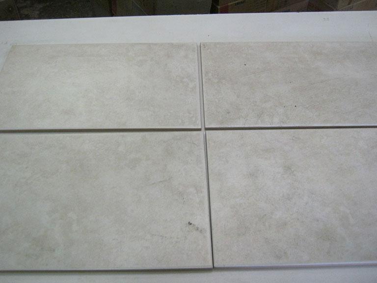 0010-Creme Magica Lys meleret Vægfliser - 25x40cm 30 m² - Kr.75/m²