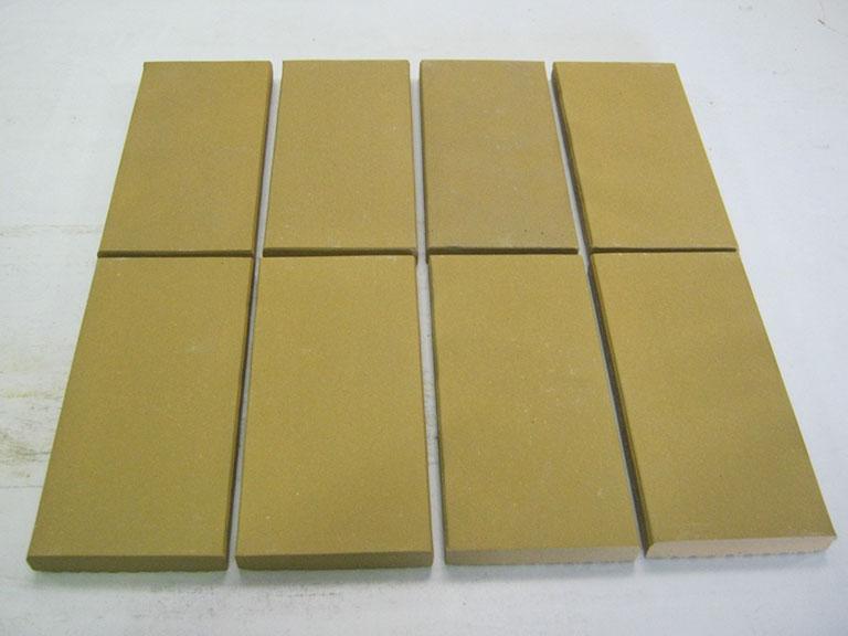 """0013-""""Høganäs"""" Gulvfliser-værksteder, stalde o.l. 21,5x10,3x2 cm 18 m² - 300 m²"""
