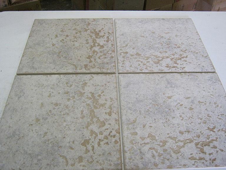 0018 Lys grå brun - Ujævn overflade Gulvfliser - 30x30cm 10,5 m²- Kr.50/m²