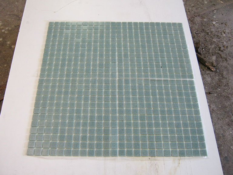 0027 Glas mosaik skift Grøn - 2x2cm (32x32) 365 m²