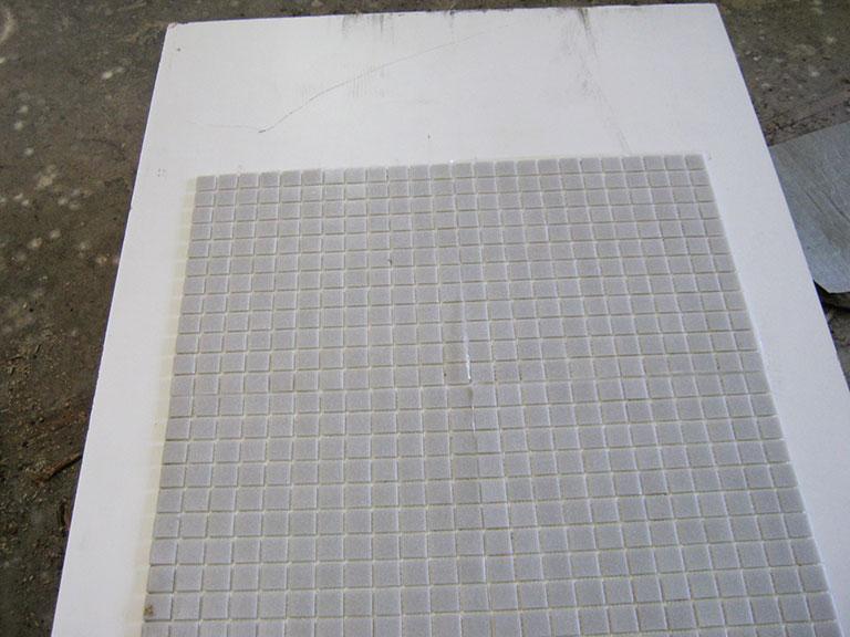 0030 Glasmosaik Lys grå