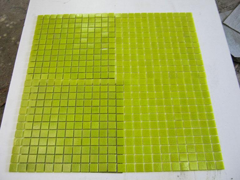 0032 Glasmosaik Karrygule 70 m²