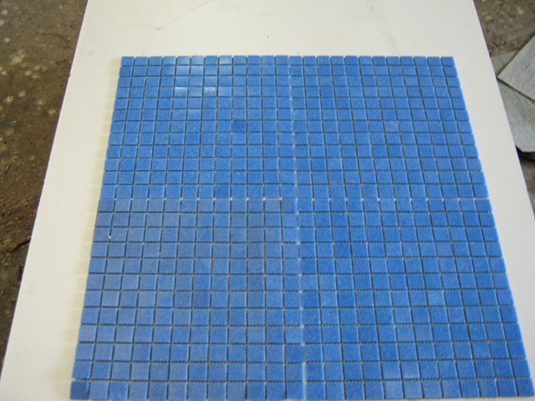 0033 Glasmosaik Mellemblå 50 m²