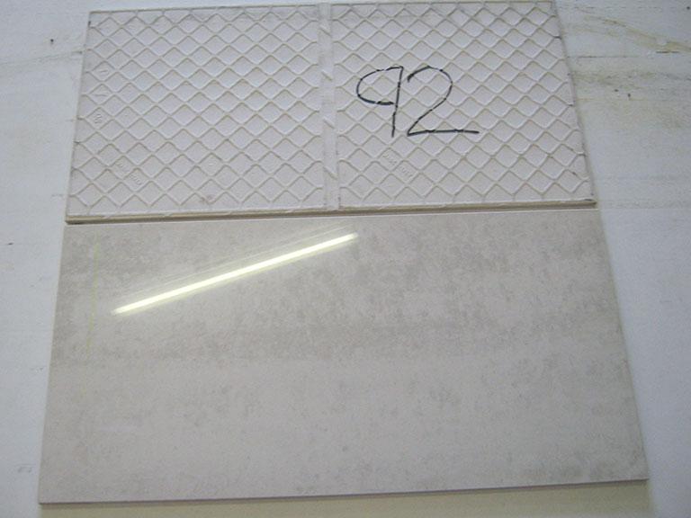 0092-Floor Gres Blank hvid/grå marmorligende Gulv/vægflise - 60x30cm 4,5 m² - Kr.400 i alt