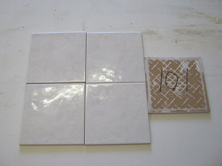 0101-Lux Ujævn blank hvid Vægflise - 20x20cm 22 m² - Kr.100/m²
