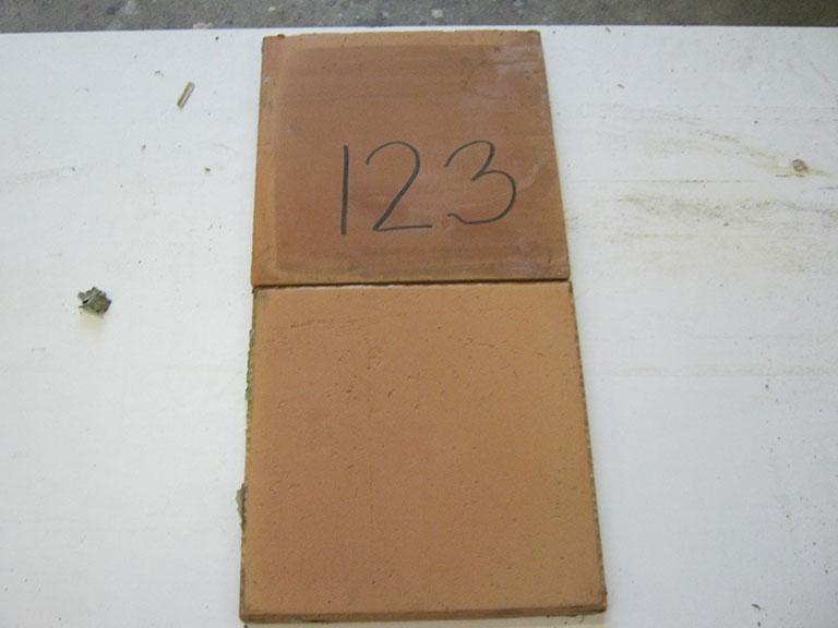 0123-Balbosc Dankar Rød tegl Rustik - Stærk gulv tegl - 30x30x2cm 17 m² - Kr.100/ m²